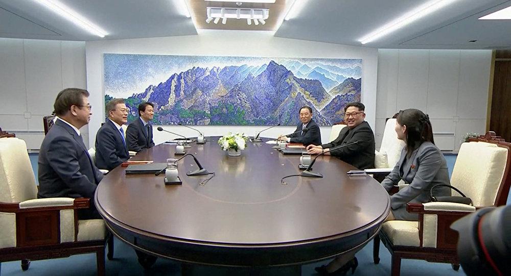 Coreias assinam declaração de paz conjunta