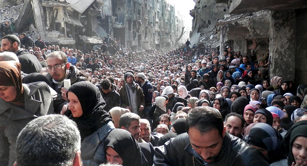 Síria: 5 mil pessoas fogem de campo de refugiados em Damasco