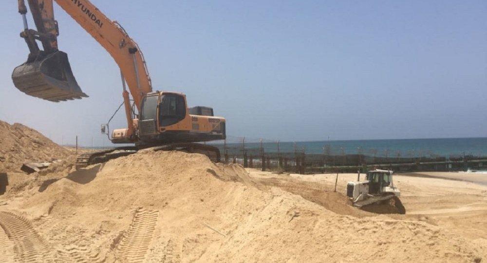 Israel inicia construção de barreira subaquática na fronteira de Gaza
